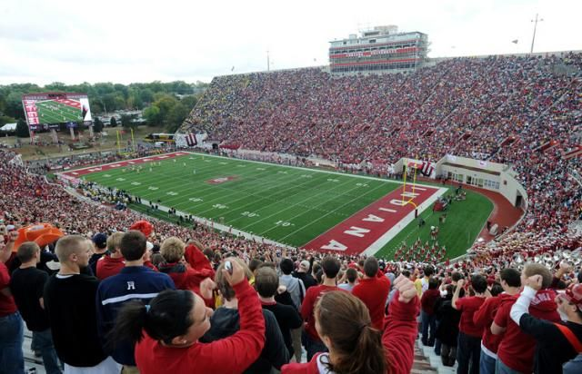 Pin By We Are Iu On Indiana University Indiana University Indiana Football Indiana Hoosiers
