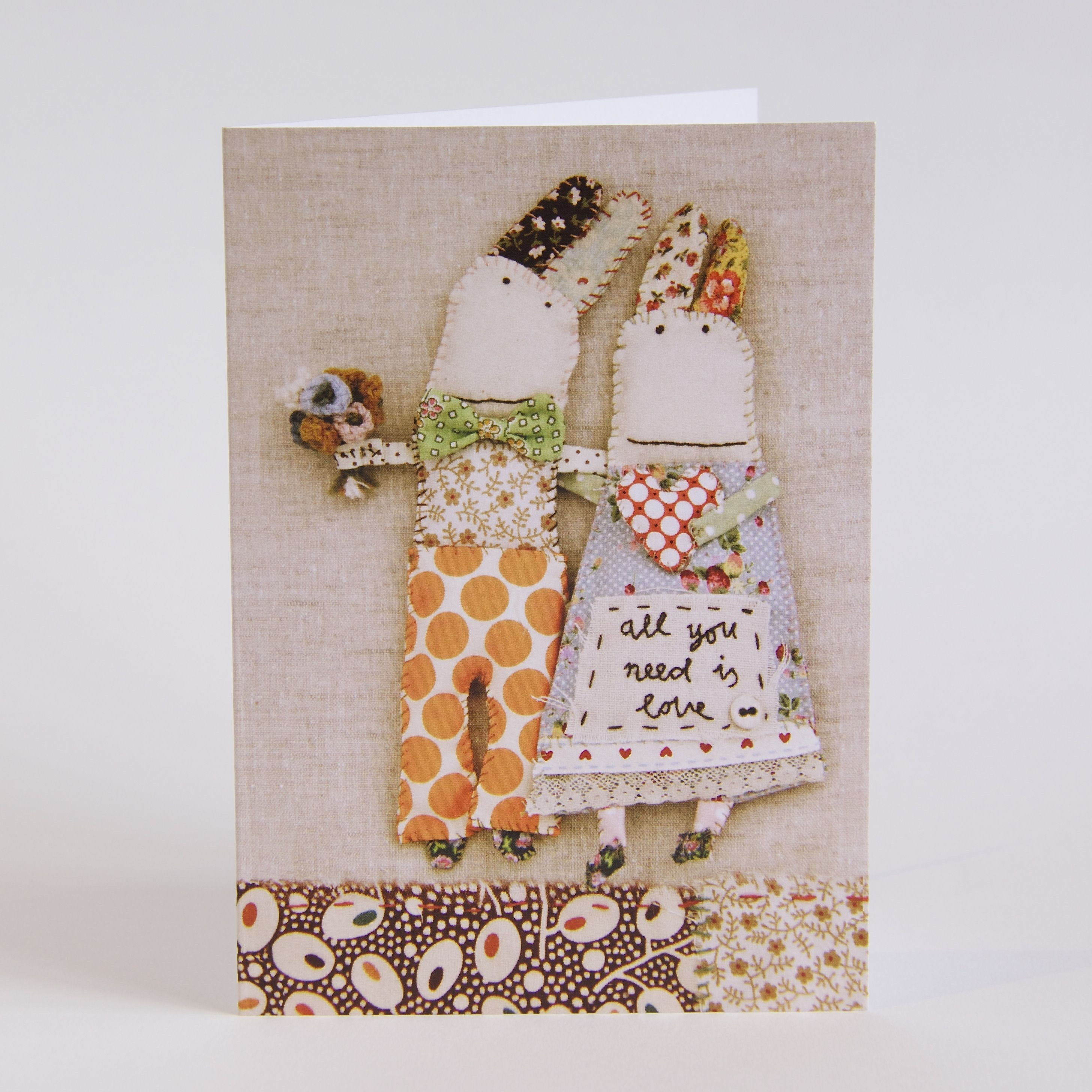 Printed on a high quality, textured card with a vanilla envelope.Blank inside for your own message.12cm x 17cmP