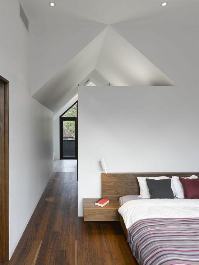 Schlafzimmer Holzboden Kopfteil Dachschrage Weisse Wande