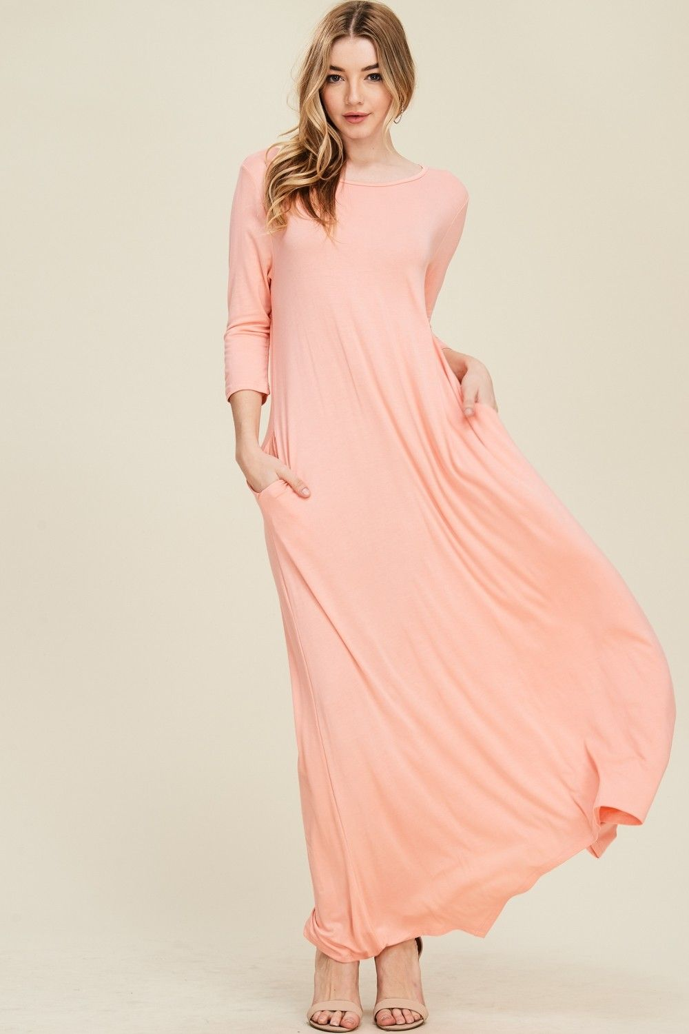 3 4 Sleeve Maxi Dress Style D5212 Knit Dress Featuring Solid 3 4 Sleeves Round Neck Side Pockets Maxi Dress R Maxi Dress Dresses Maxi Dress With Sleeves [ 1500 x 1000 Pixel ]