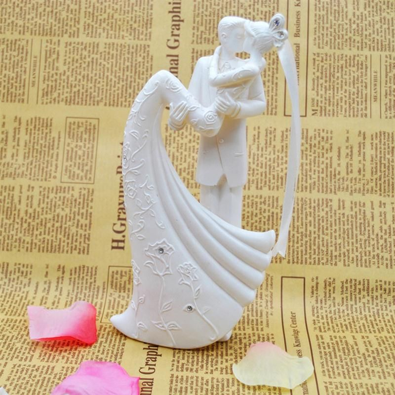Bride And Groom Resin White Romantic Wedding Cake Topper Stand ...