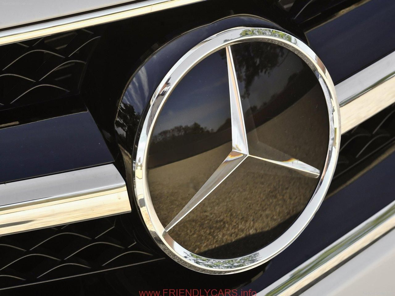 Awesome mercedes amg logo wallpaper car images hd all cars for Mercedes benz amg logo