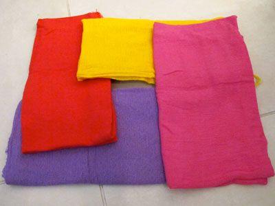 pano de chão colorido com anilina.