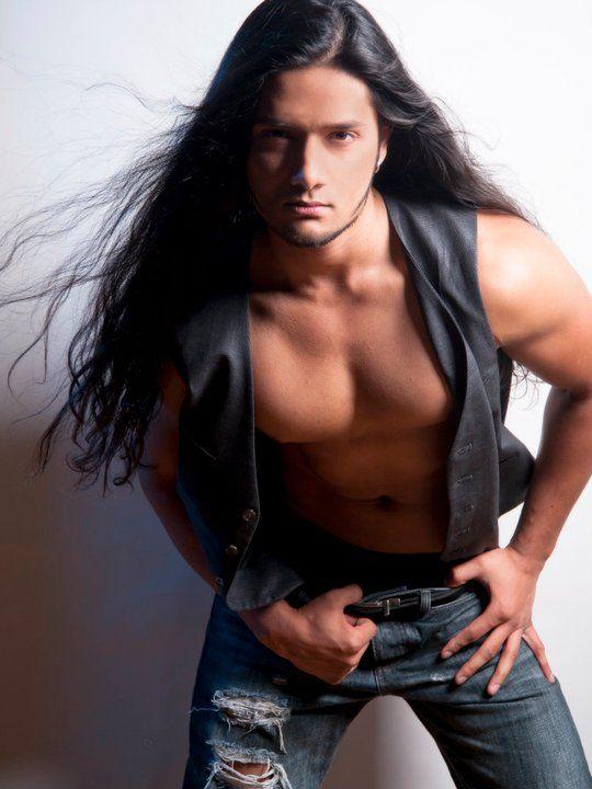 Pin By Sheron Hashimoto On Native Hotties Long Hair Styles Men Long Hair Styles Gorgeous Men