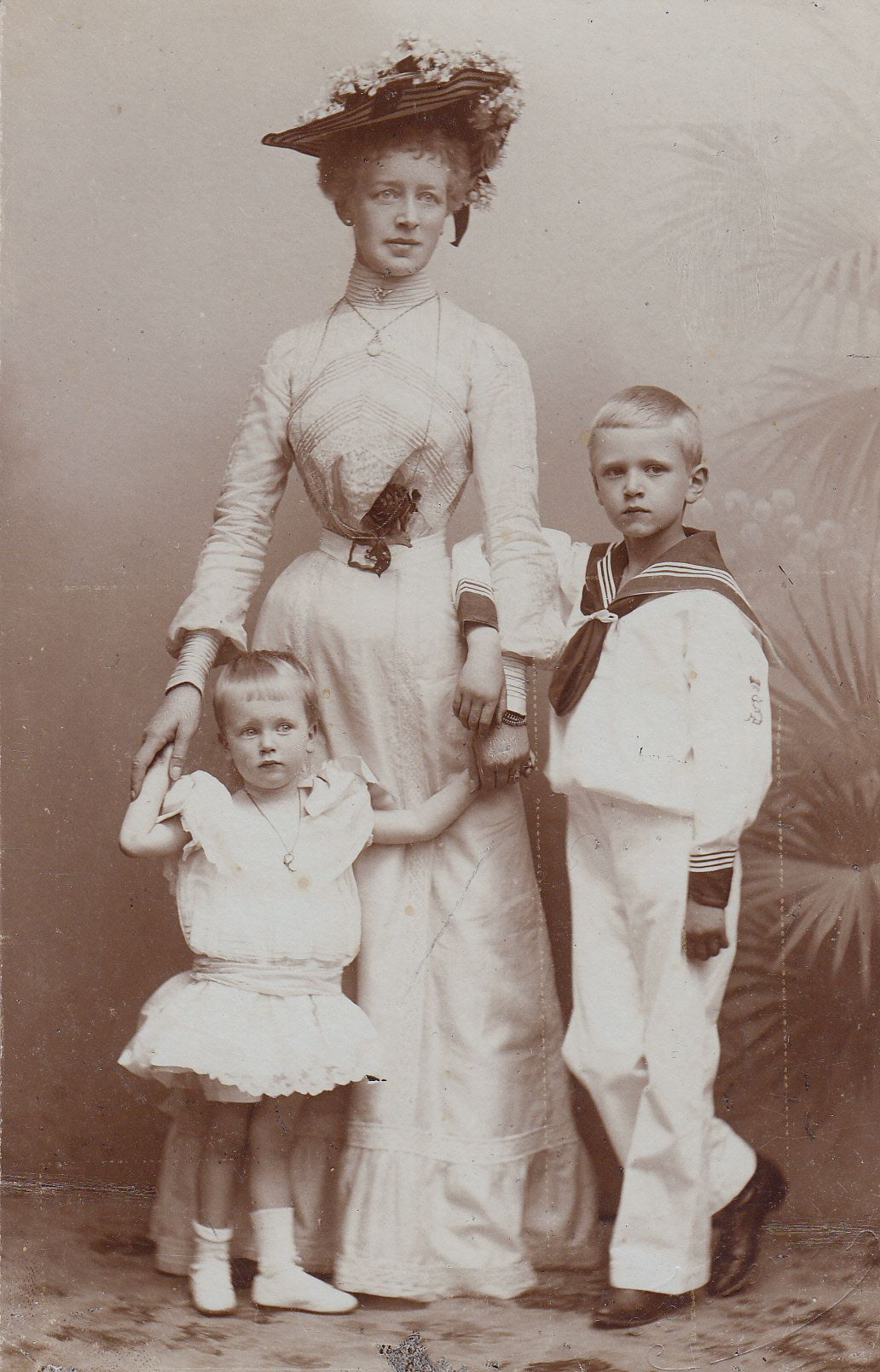 Princess Marie of Stolberg-Wernigerode, with her children, Prince Botho and Princess Juliana . 1900.
