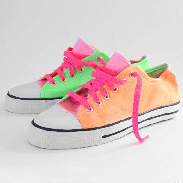 Neon Kicks At ILoveToCreate! - Dream A Little Bigger