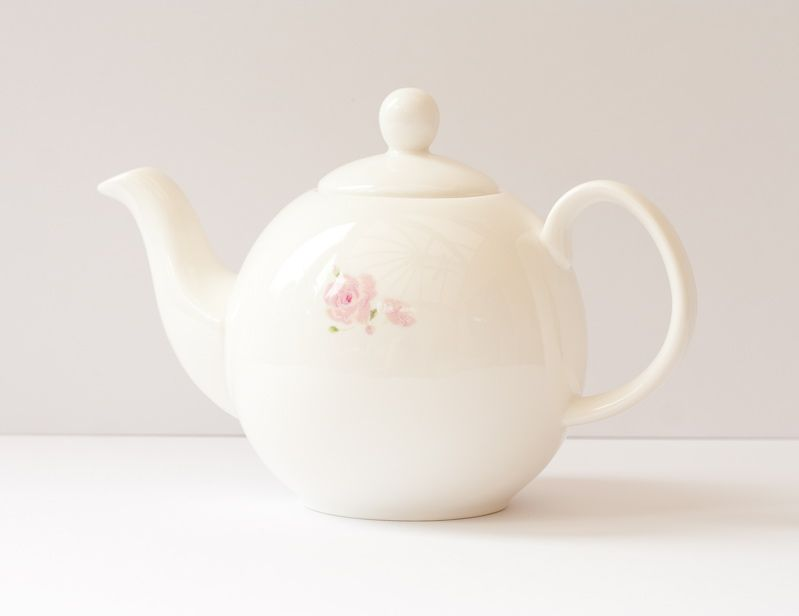 'Rose' Teapot - Sophie Allport, £24.00