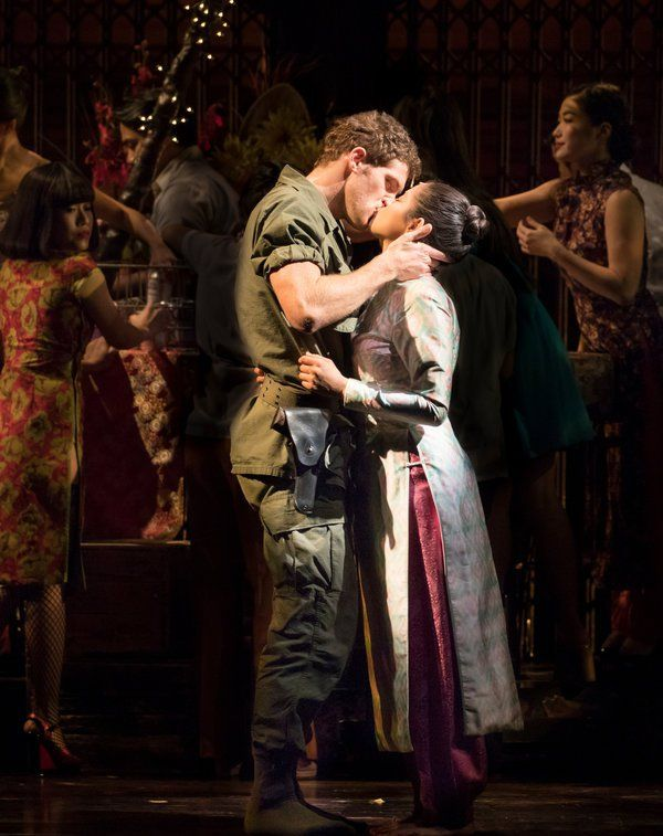 Review Return Of The Little Copter That Wowed In Miss Saigon Published 2017 Miss Saigon Musical Miss Saigon Theatre Photography