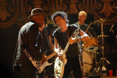 Buddy Guy jamming with the Stones at the Beacon during the filming of Shine A Light