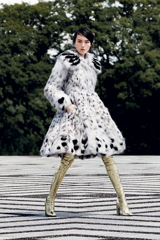 8341c8d89d7 Fendi Haute Fourrure Bobcat Lynx and Black Russian Sable Fur Coat ...