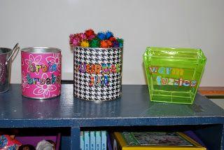 Mrs. Lee's Kindergarten: My Sister's Second Grade Classroom Pics!