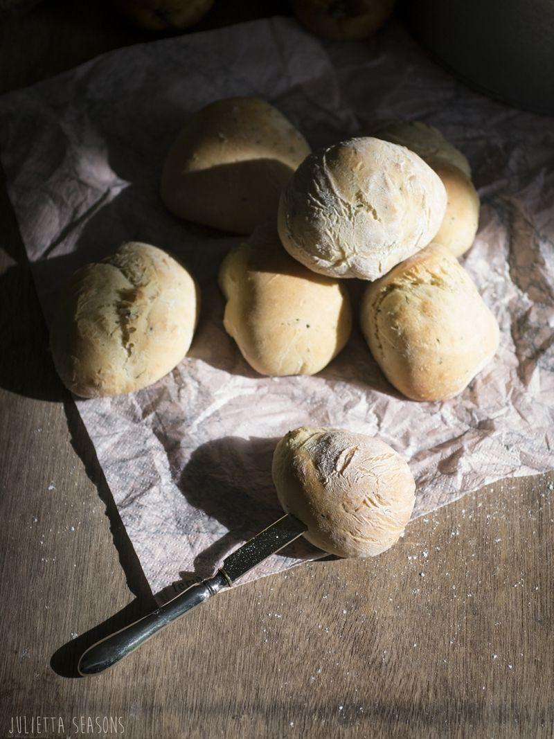 World Bread Day Zucchini Quark Brötchen www.juliettaseasons.com