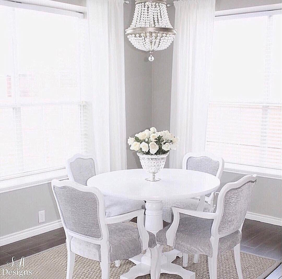 """478 Likes, 67 Comments - Summer Adams (@summeradamsdesigns) on Instagram: """"""""How do you make your house feel like a home?"""" Please answer below for a blog post I'm working on.🏡…"""""""