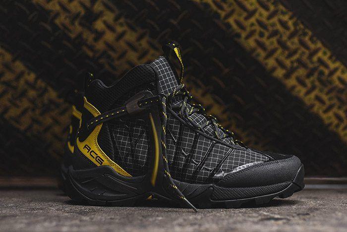 Nike ACG Air Zoom Tallac Lite Boot (Black/Yellow)