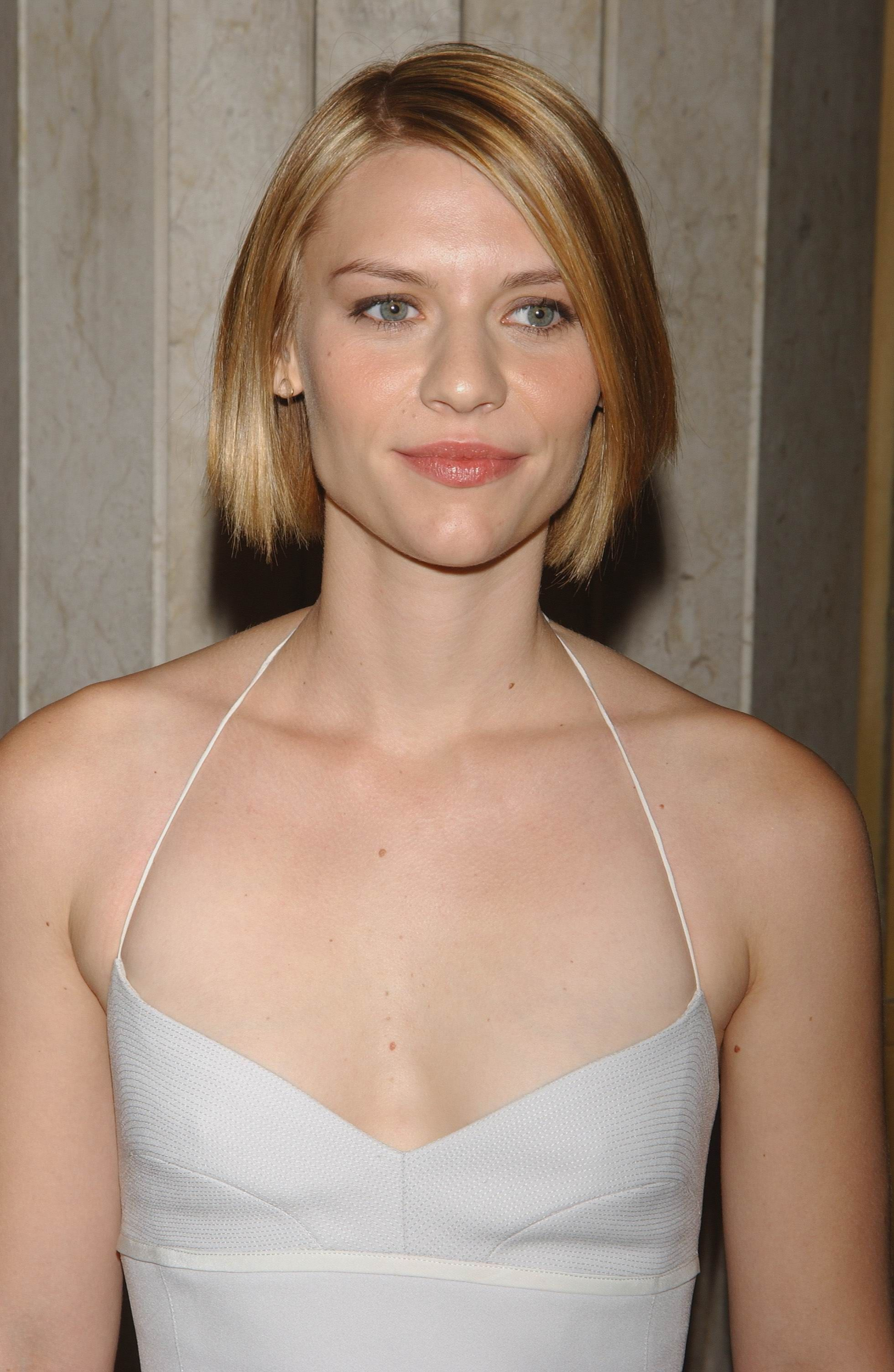 Slightly shorter here with a jaw skimming bob cut. |Claire ... Claire Danes
