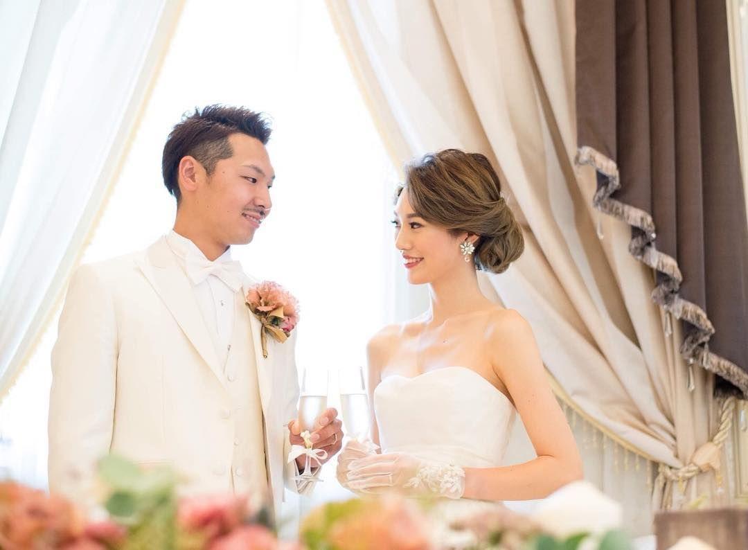 林田亜美 On Instagram 嬉しい依頼 教え子の結婚式のヘアメイク ゚ ゚ ゚ 2019 年 春の空き状況 3月10 30 31日 4月7 Wedding Dresses Wedding Dresses