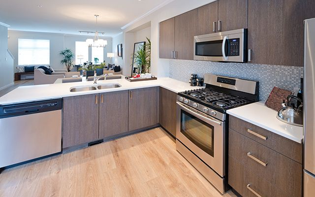 10 Tips To Give Your Kitchen A Facelift For Under $3,500 ...