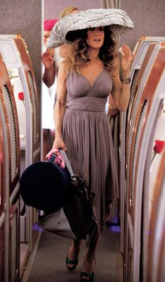 In Flight Essentials Carrie Bradshaw Outfits Carrie Bradshaw