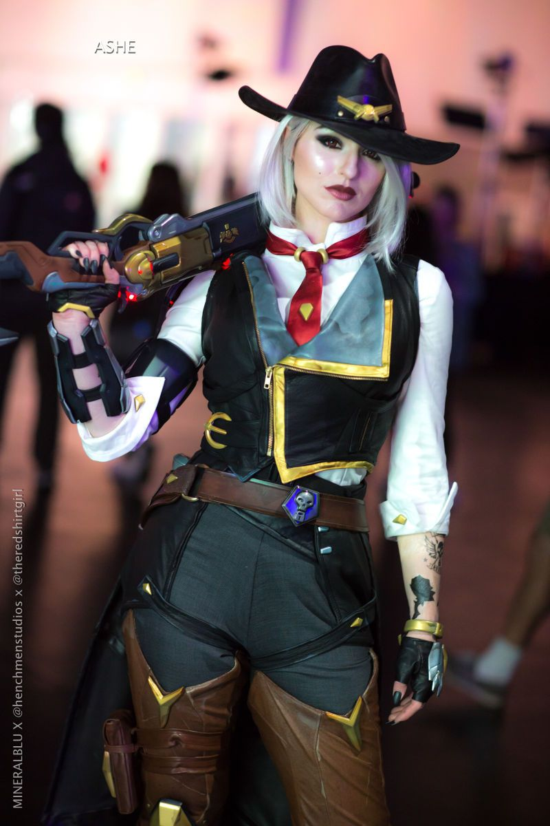 There S Official Cosplay Of The Newest Overwatch Hero Ashe