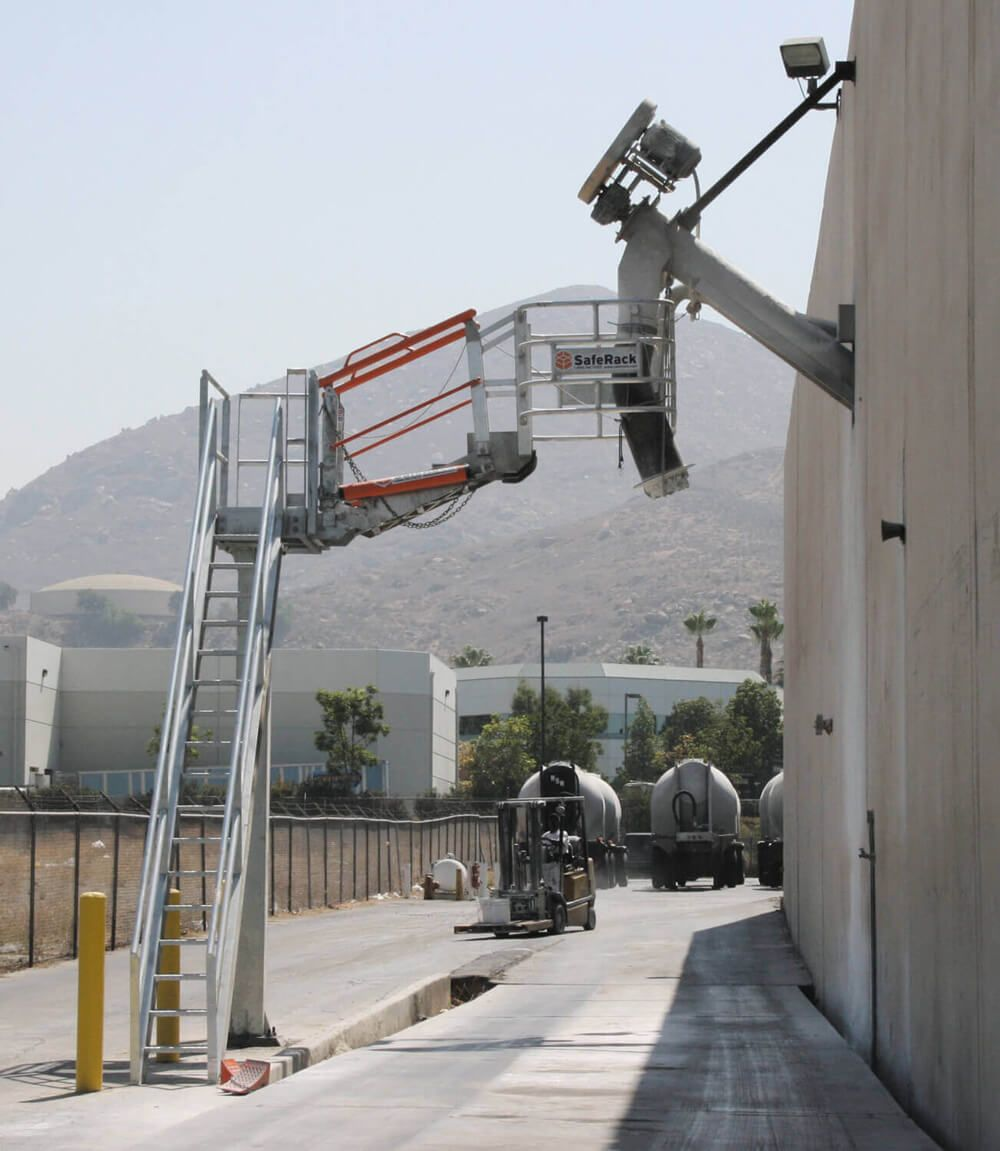 Steel Truck Loading Platforms And Stairs Camiones