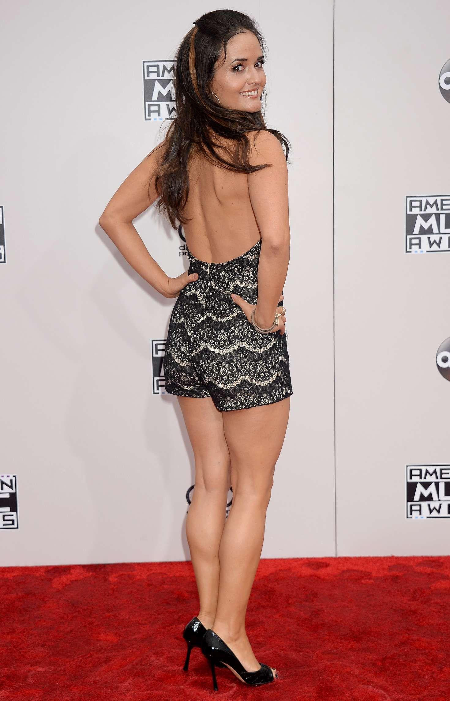 Danica Mckellar Nude Pictures Amazing danica mckellar alfombra roja premios american music | chicas