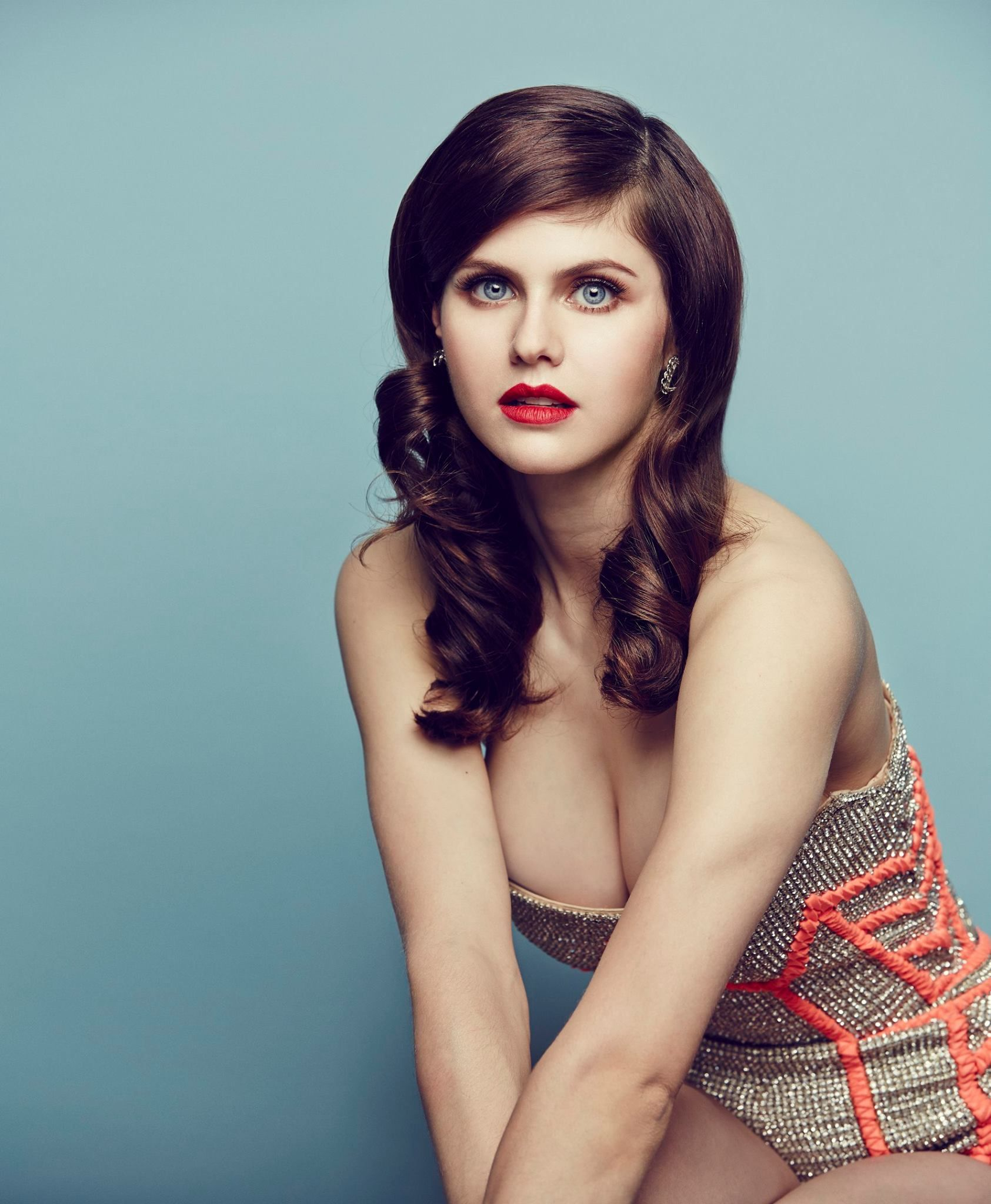 alexandra daddario hot sexy photos baywatch actress | photo