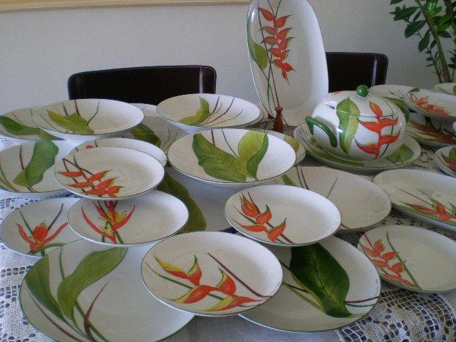 Helicônias ,em porcelana,by Nêmora Fasolo