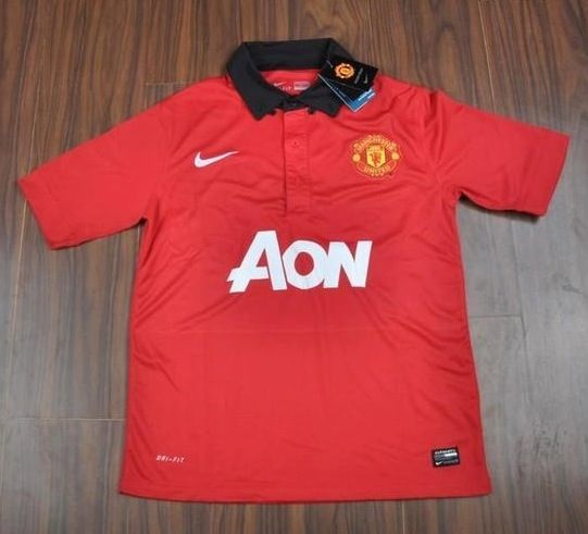 35c38b6b814 13 14 Man UTD Home Kit