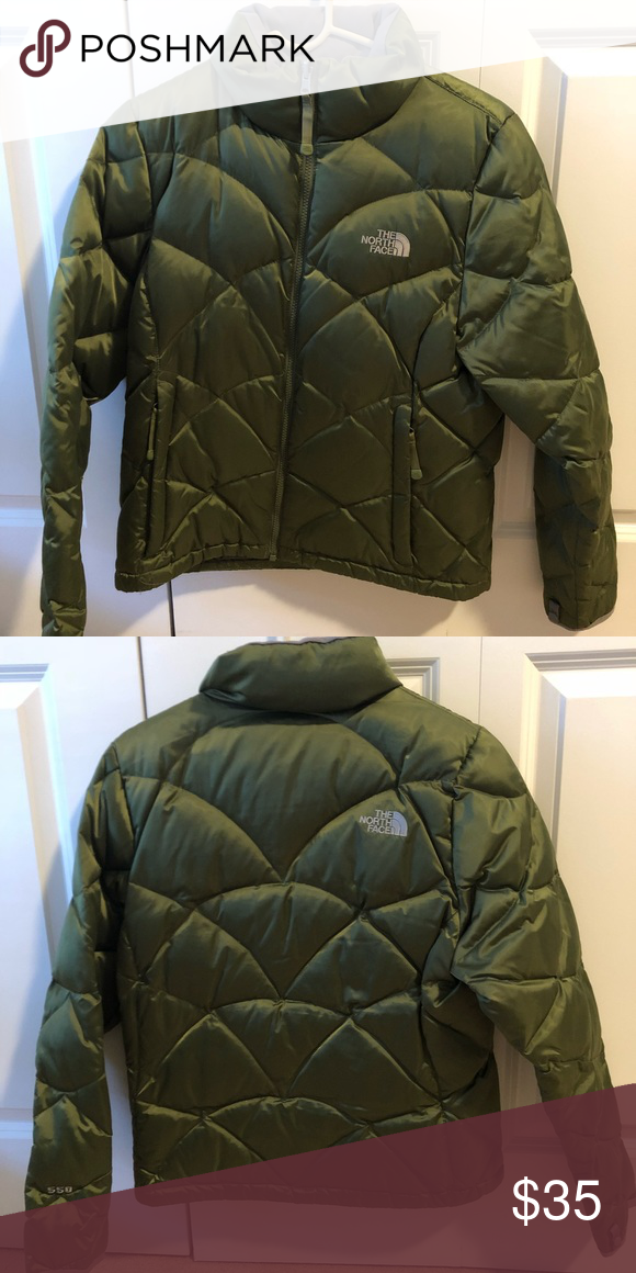 97419e527 North face women's down jacket Short puffer coat. Hits at the hip ...