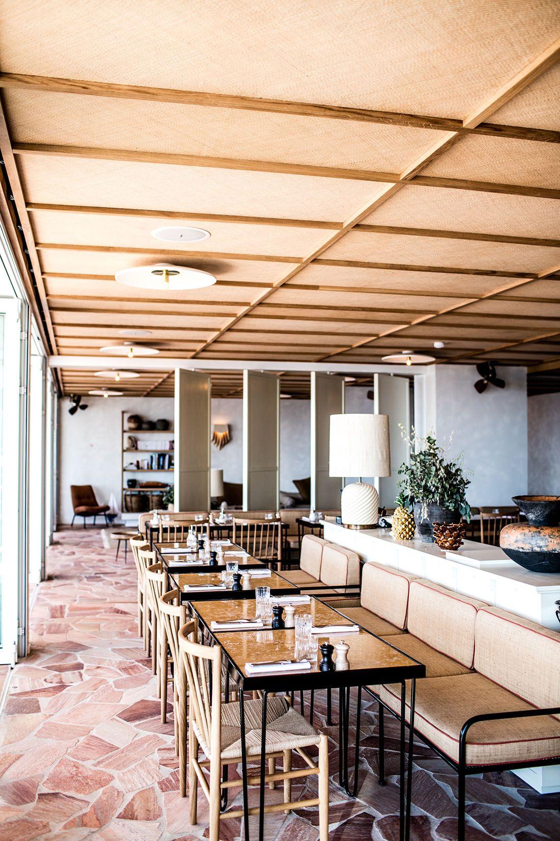 les roches rouges saint rapha l hrr pinterest hotel provence turbulence deco et restaurant. Black Bedroom Furniture Sets. Home Design Ideas