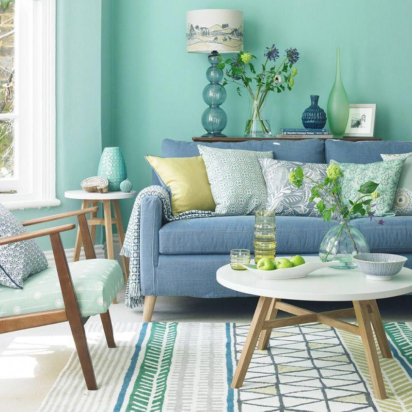 The Effect of a Green Sofa upon Your Green Living Rooms  - green sofa living room colour schemes #greenlivingrooms #virtualinteriordesign #perfectcolorgreen #designersguild #greenandwhite #livingroomlighting