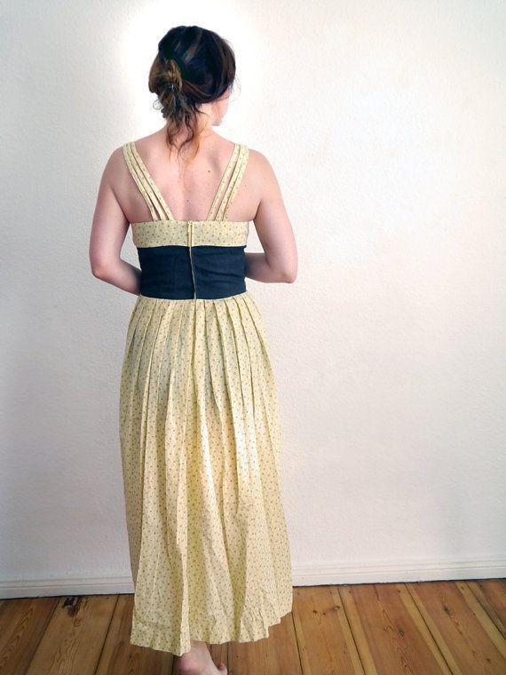 Gelbes langes Kleid wunderschönes romantische von SuitcaseInBerlin