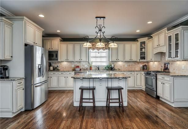 Image of: Antique Cream Colored Kitchen Cabinets - Image Of: Antique Cream Colored Kitchen Cabinets House Ideas