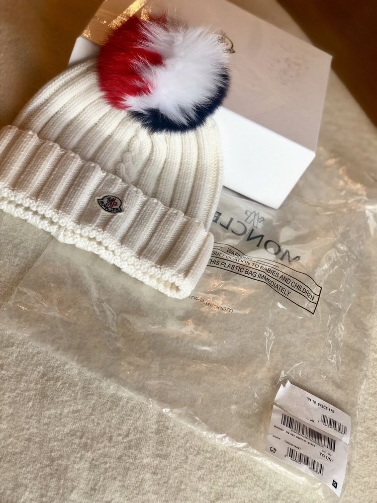 Moncler Wool Knit Beanie With Multi Color Fox Fur Pom Pom Fashion Clothing Shoes Accessories Womensaccessories Hats Ebay Fur Pom Pom Fox Fur Knit Beanie