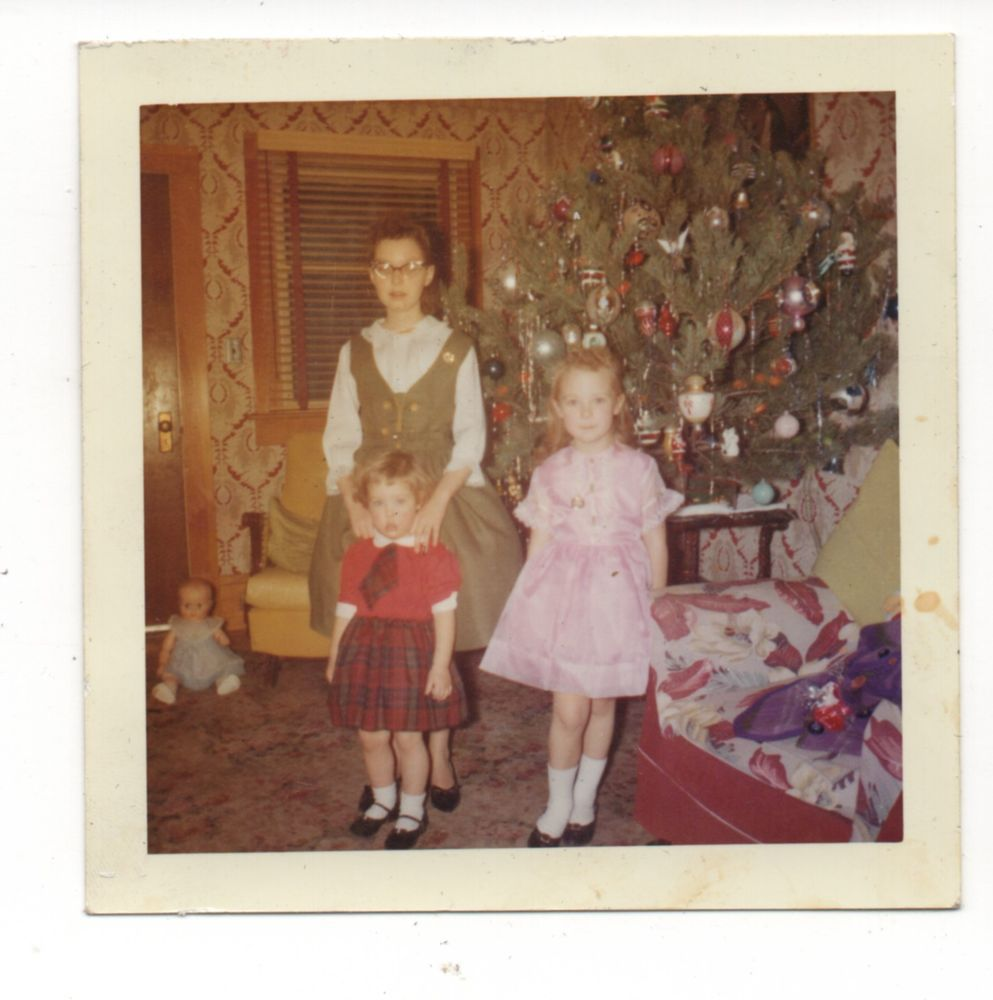 Little Girl Christmas Tree: Vintage Photo Cute Little Girls, Sisters, Christmas Tree
