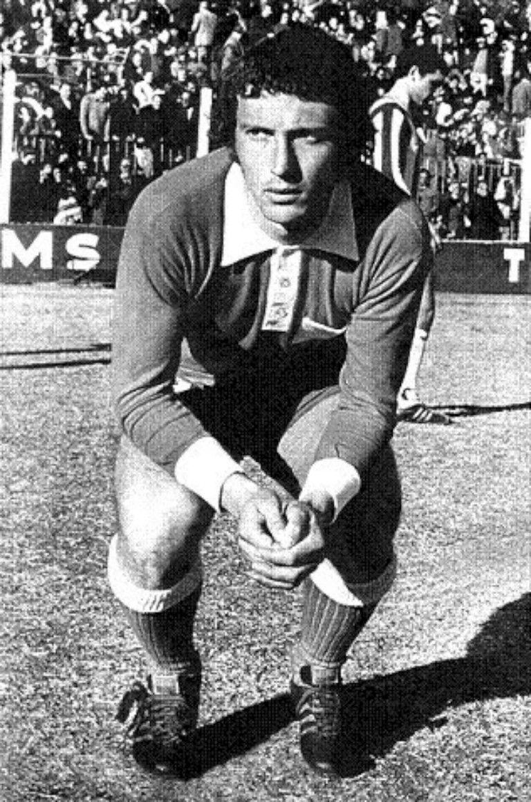 José Pékerman jogou como médio no Argentinos Juniors e Independiente de Medellín DR