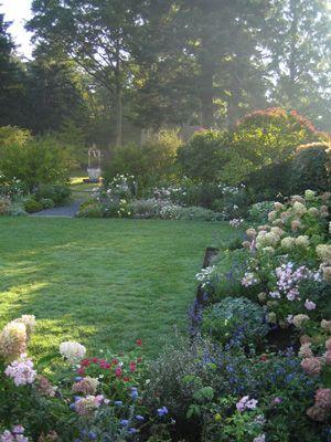 Nice Peaceful Garden Area Garden Inspiration California Garden Beautiful Gardens