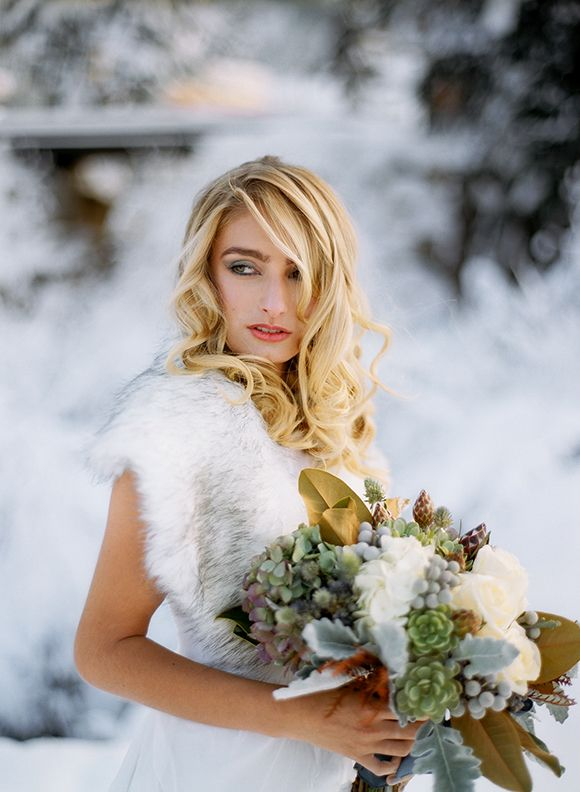 Winter Wedding Inspiration by Blue Rose Photography, Hair Makeup Yessie Libby, flowers Florarama, Styling Simply by Tamara Nicole