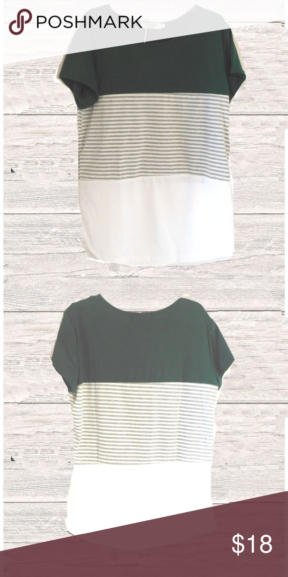18dc6f1ce99 NWT GREEN COLOR BLOCKED SHORT SLEEVE TOP NWT green color blocked top short  sleeves round neck