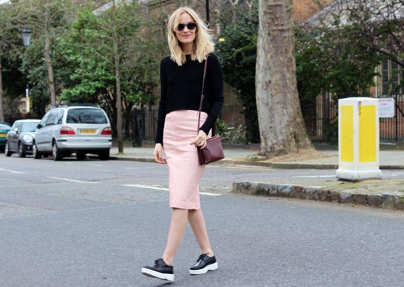 Whistles skirt, Robert Clergerie shoes, Filippa K sunnies, Céline bag, Zara top.