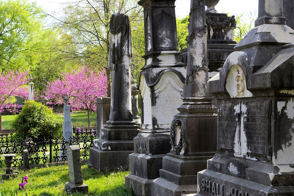 These 10 Haunted Cemeteries In Arkansas Are Not For the