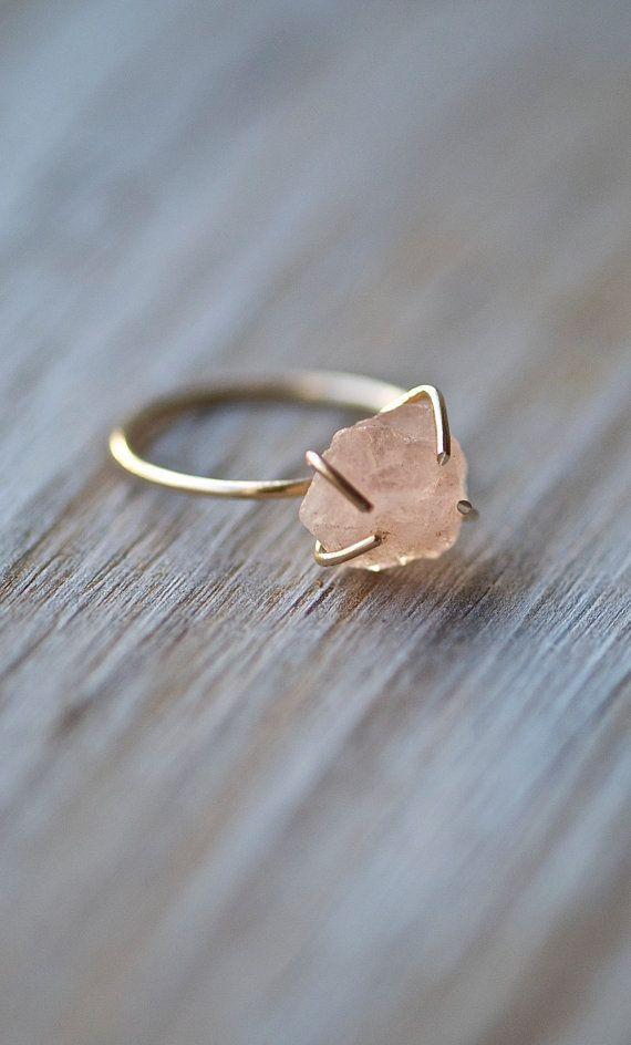 awesome Raw Gemstone Ring, Dainty Ring, Raw Morganite Ring, Natural Rough Stone, Morganite, Gold, Pink, Peach