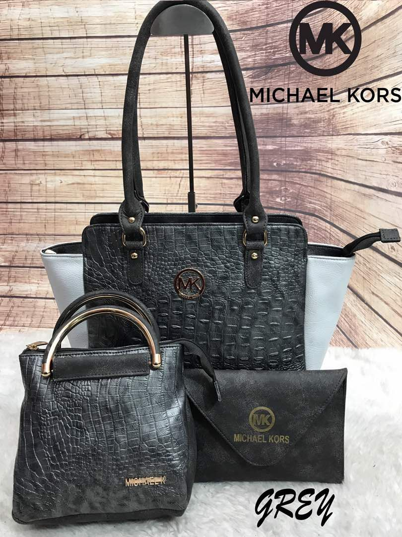 Michael Kors 3 Piece Attractive Handbag Combo   Just Rs 1799 -   Own ... 33a42cd85c934