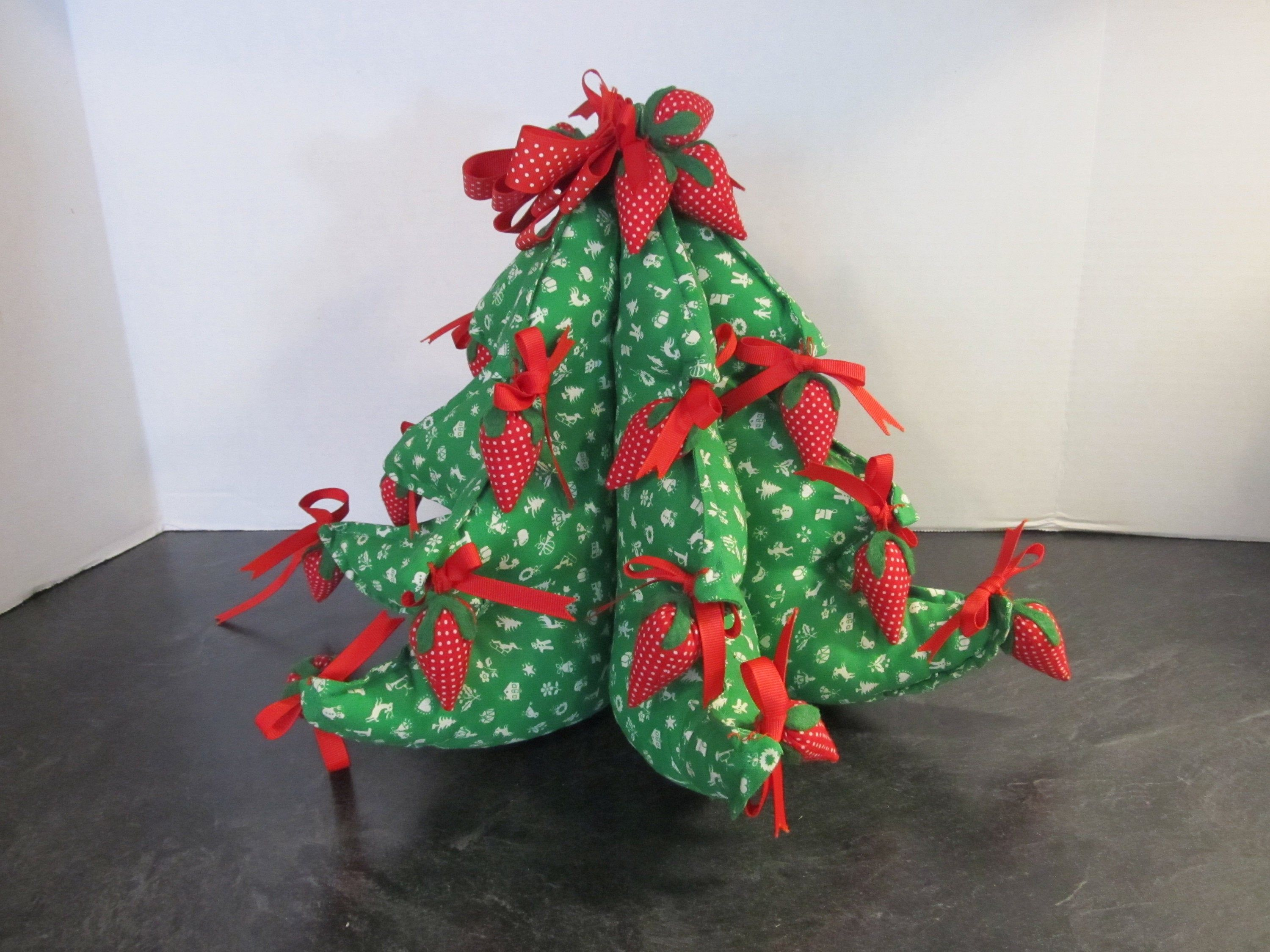Vintage Handcrafted Stuffed Fabric 3 D 11 Tall Christmas Etsy Christmas Decorations To Make Fabric Christmas Trees Tall Christmas Trees