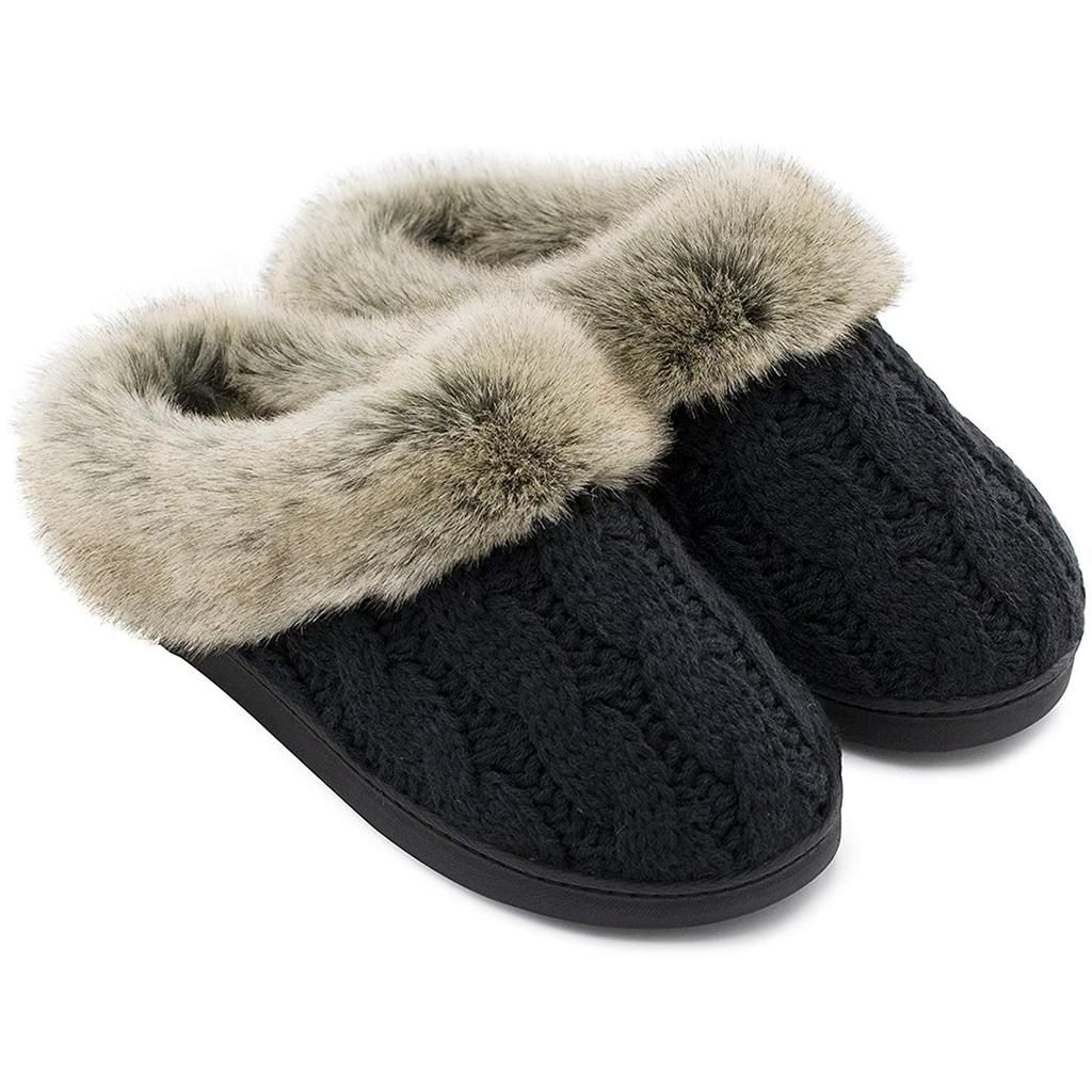 Faux fur collar, Knitted slippers