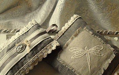Lavender sachet in linen fabric