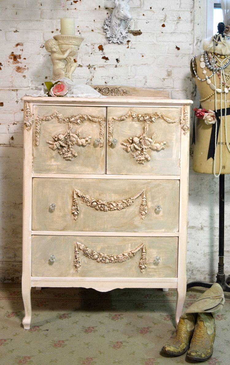 Dipingere Mobili Effetto Shabby painted cottage chic shabby french dresser by