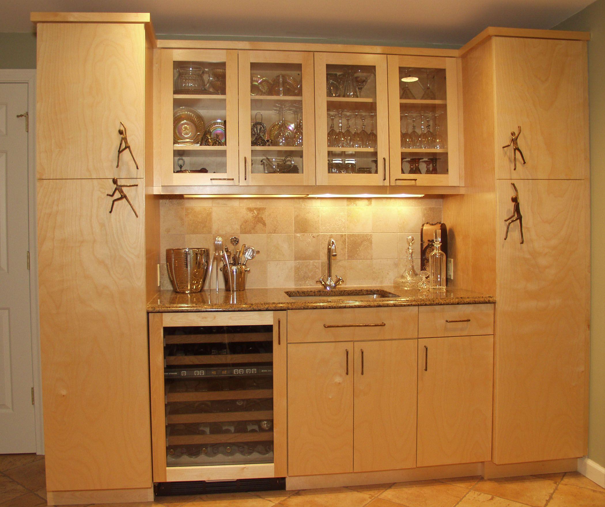Custom Wood Products bar entertain cabinets
