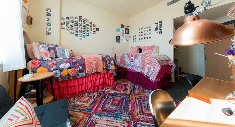 Dejope Hall Uw Madison Housing Best Room Contest Finalist 2017 Uwhousing Dejopehall Residence Hall Cool Rooms University Housing