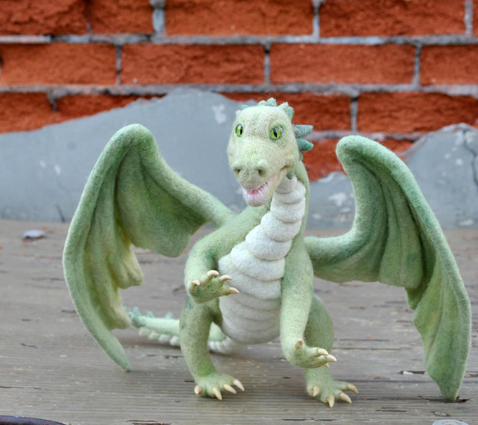 Needle Felted Dragon. Needle Felting Dragon/Needle Felted art sculpture animal/Soft sculpture Felted Gift lovers dragon/Art doll Dragons